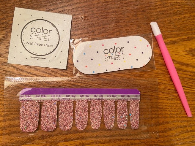 Color Street Nail Strip Review: Glitterally Cannot